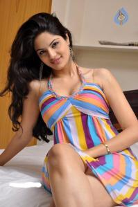 south-model-actress-jinal-pandya-sexy-sizzling-pic